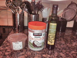 Ingredients for coconut oil carob bars.